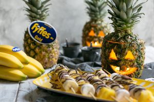 How to Carve a Pineapple for halloween